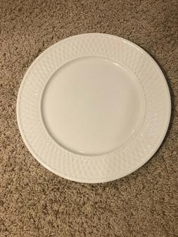 """Casual Settings by Oneida 12 1/4"""" Chop Plate Platter - FREE"""